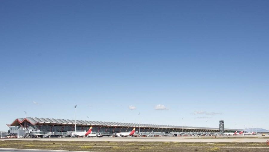 Forte turbulência faz 35 feridos em voo com destino a Madrid