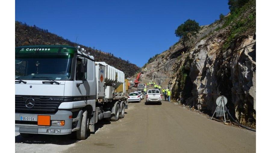 Abate de sobreiros por causa das barragens do Alto Tâmega criticado