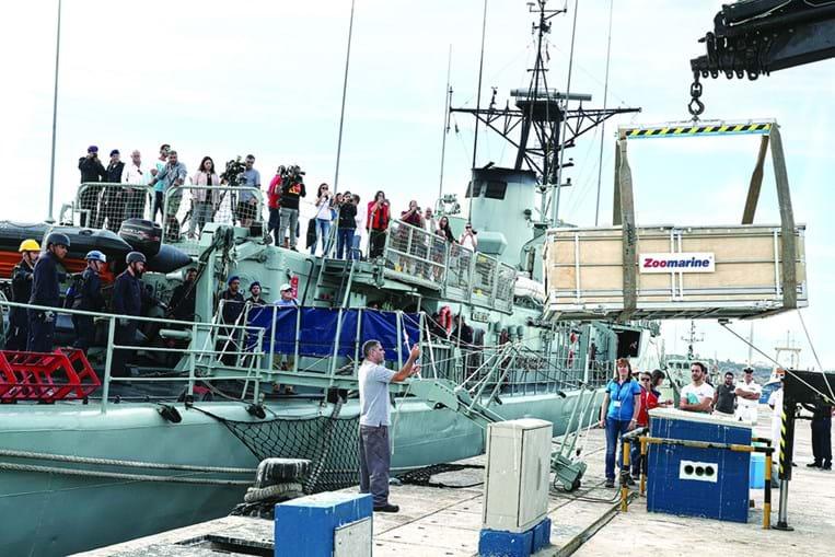 Corveta 'António Enes' fez o transporte para alto-mar