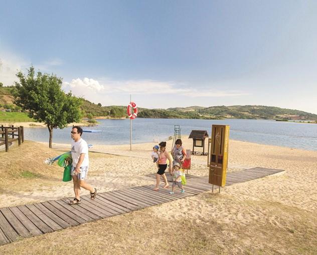 Fraga da Pegada, em Macedo de Cavaleiros, é a praia do ano