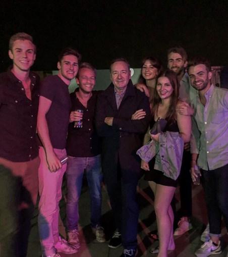 Kevin Spacey diverte-se na noite de Lisboa
