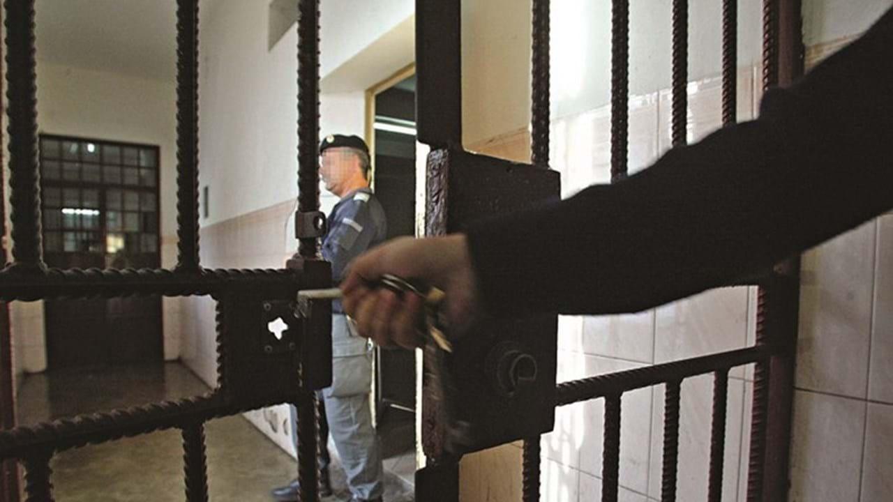 Resultado de imagem para Prisão preventiva para militar da GNR suspeito de abusar sexualmente da enteada