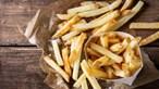 Alimentação à base de batatas fritas deixa adolescente cego