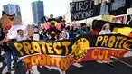 Jovens mobilizam-se para 'greve mundial' pelas alterações climáticas