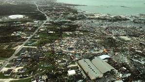 Furacão Dorian sobe para categoria 3 ao aproximar-se da costa sudeste dos EUA