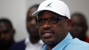 Primeiro-ministro das Bahamas anuncia reforço policial para combater pilhagens do furacão Dorian