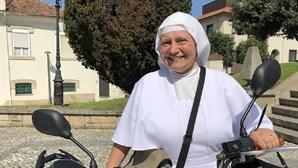 Toxicodependente mata freira com golpe e usa cadáver para sexo
