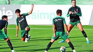 Fernando Santos aposta em dupla Ronaldo-Félix para jogo frente à Lituânia