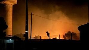 Incêndio consome zona de mato em Algueirão, Sintra