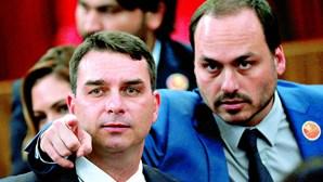 Justiça abre sigilos de filho de Bolsonaro por suspeita de corrupção