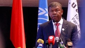 Presidente de Angola assiste à tomada de posse do seu homólogo de Moçambique