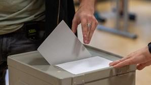 Candidatos às presidenciais dividem-se entre Lisboa e o Norte em dia de voto antecipado