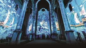 'Lisbon Under Stars': a História nas paredes do Carmo