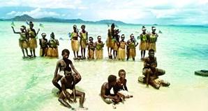 Protesto arrancou nas ilhas do Pacífico, ameaçada pelo mar