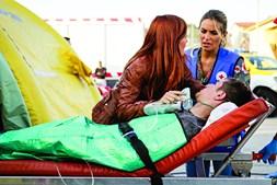 Liliana Santos nterpreta a enfermeira Cláudia, após um contrato entre a SIC e a Ordem