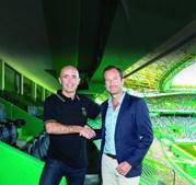 Leonel Pontes com Frederico Varandas quando foi promovido dos sub-23 à equipa principal. Soma duas derrotas (Famalicão e PSV) e um empate (Boavista)