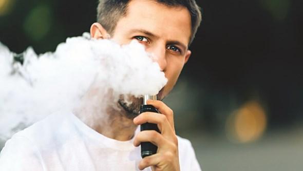 """""""Os cigarros eletrónicos são definitivamente perigosos"""": OMS deixa alerta"""