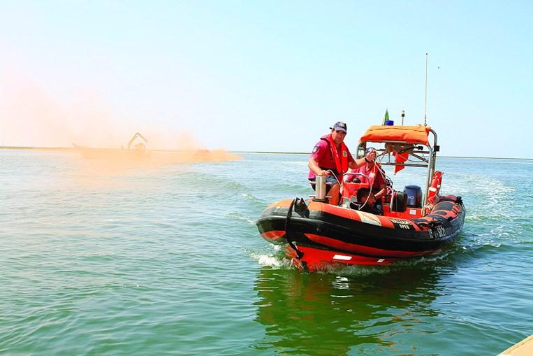 Marinha e Autoridade Marítima preparam salvamento espetacular