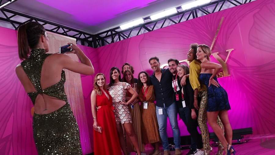 Entre a passadeira rosa e os bastidores da gala mais sexy do ano
