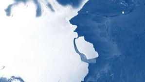 Icebergue do tamanho da península de Setúbal separa-se da Antártida