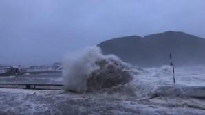 Veja as imagens impressionantes da passagem do furacão Lorenzo na ilha do Faial