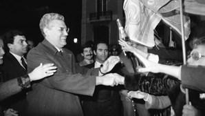 A luta de Freitas do Amaral contra Mário Soares: A história das presidenciais de 1986