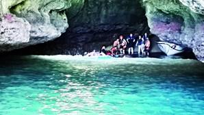 Doze pessoas salvas em gruta após avaria em Lagoa