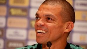 Pepe ultrapassa Couto e é o defesa mais internacional de sempre da seleção portuguesa de futebol