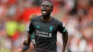 Sadio Mané eleito melhor jogador da Premier League pelos adeptos