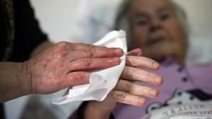 Muitos cuidadores informais desconhecem que podem aceder a estatuto, avança estudo
