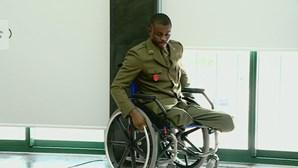 Condecorado militar que perdeu as pernas em missão na República Centro-Africana