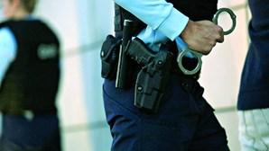 Homem detido por violência doméstica contra ex-companheira e posse ilegal de arma em Belmonte