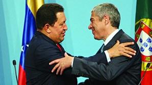 Estado português sem rasto de negócios entre José Sócrates e Hugo Chávez