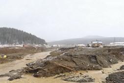Três detidos após colapso de barragem em mina de ouro na Rússia