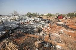 Complexo destruído pelos tropas dos EUA, onde o líder do Daesh Abu Bakr al-Baghdadi morreu