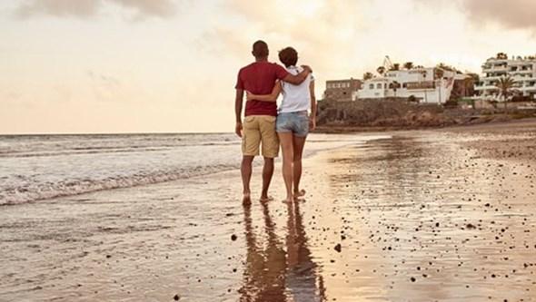 Como sobreviver às primeiras férias de casal