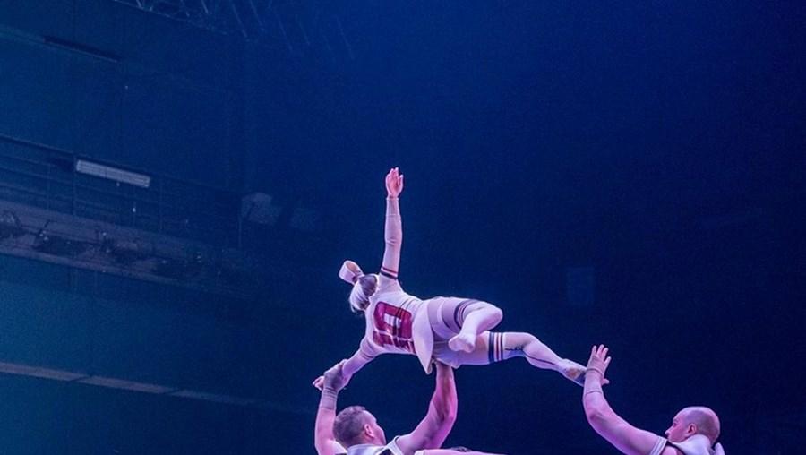 Messi em espetáculo do Cirque du Soleil