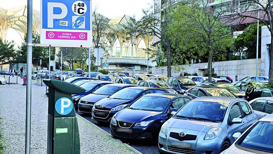 No próximo ano a cidade de Lisboa vai contar com mais 10 mil lugares de estacionamento