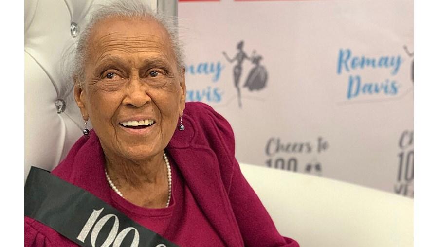Romay Davis tem 101 anos de idade