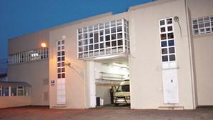 Covid-19 obriga a isolar ala b da cadeia de Paços de Ferreira