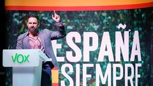 Parlamento espanhol inicia discussão de moção de censura da extrema-direita
