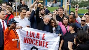 """""""Saio daqui sem ódio"""": as primeiras palavras de Lula da Silva após ser libertado da prisão"""