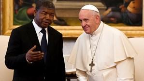 Papa Francisco recebe presidente de Angola no Vaticano