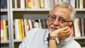 """Luz de Pequim"" de Francisco José Viegas vence Prémio PEN 2020 Narrativa"