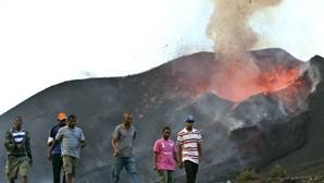 Casa com lava dentro torna-se ponto turístico cinco anos após erupção no Fogo em Cabo Verde