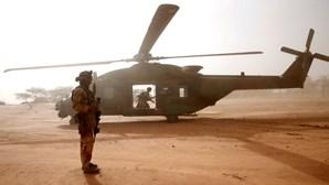 Colisão entre dois helicópteros mata treze soldados franceses no Mali