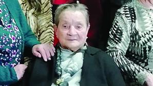 Rosa tem 105 anos e nunca esteve doente. Foi mãe de 10 filhos e teve 17 netos