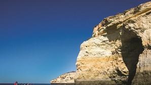 As grutas que não pode deixar de visitar em Portugal