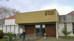 """Antigo guarda-redes do Sporting viu """"garrafão de 15 litros de água a voar"""" durante invasão à Academia"""