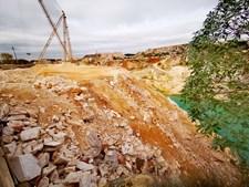Condutor de camião morre após queda no interior de pedreira em Vila Viçosa